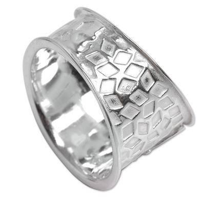Bright Hummingbird Nazca Theme Wide Sterling Silver Bird Ring